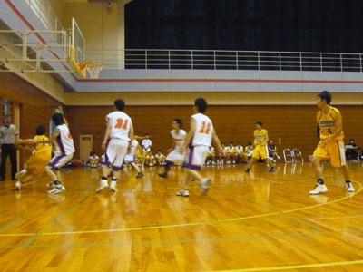 高岡商業 76 × 66 小矢部クラブ